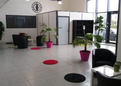 hall daccueil 2 1 400x284 - Bureaux à Toulouse